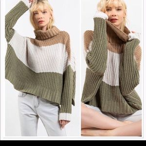 NWT JENSEN COLOR-BLOCK TEXTURED TURTLENECK SWEATER